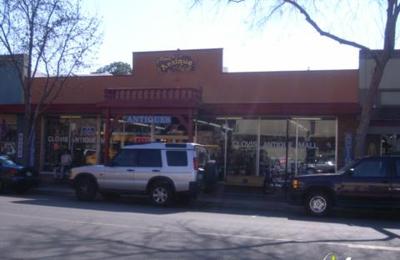 Clovis Antique Mall - Clovis, CA