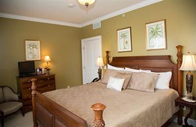 Almondy Inn - Newport, RI