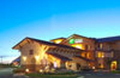 Holiday Inn Express & Suites Turlock-Hwy 99 - Turlock, CA