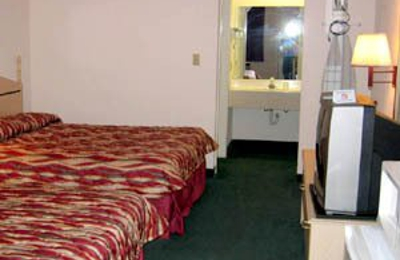 Regency Inn & Suites - San Antonio, TX