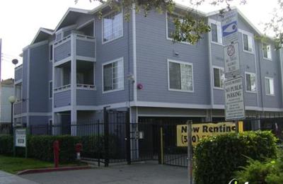 Pinehearst Apartments - Hayward, CA