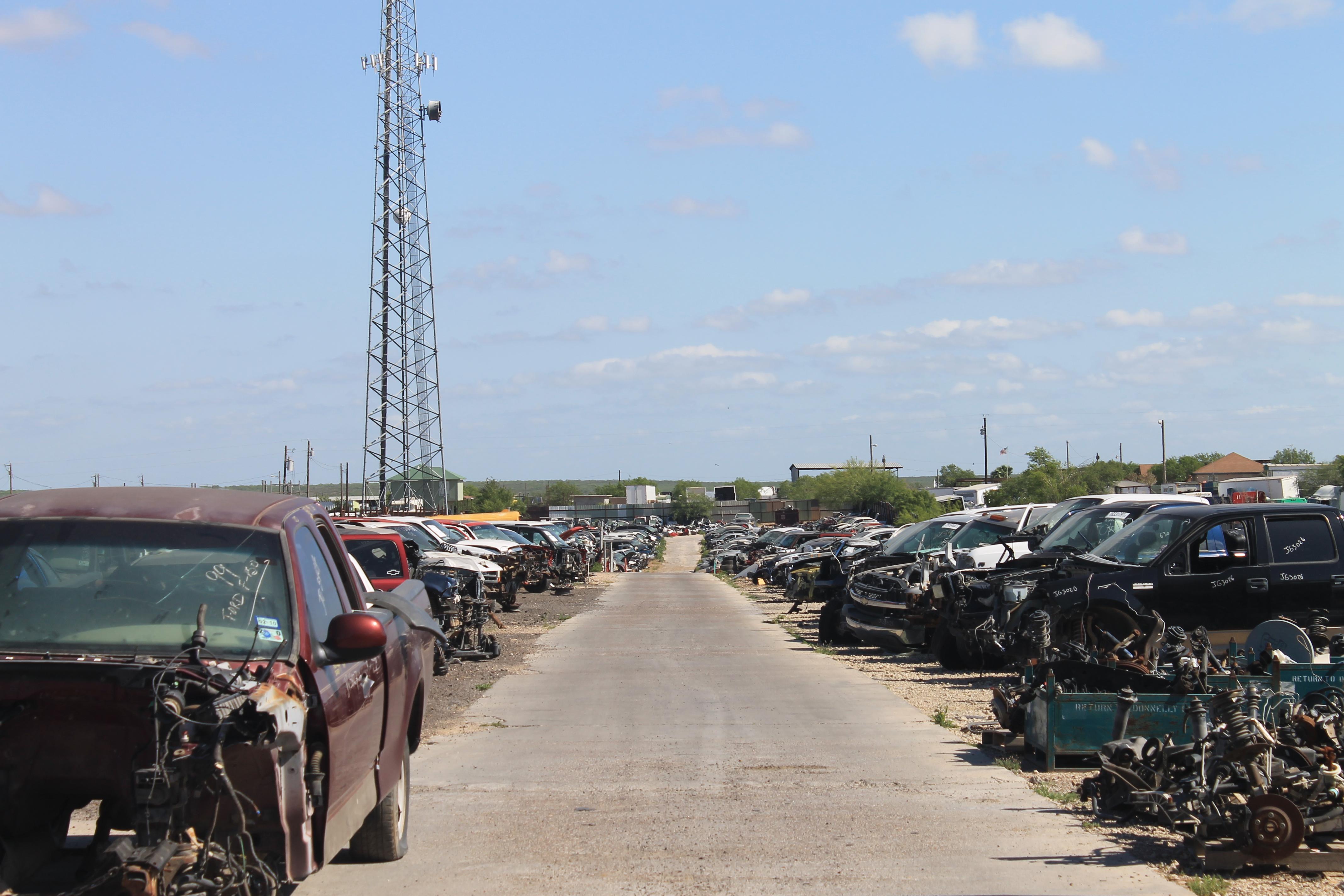Metro Auto Parts >> Jg Metro Auto Parts Inc 7030 State Highway 359 Laredo Tx 78043
