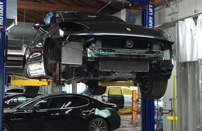 Precision Auto Body - Reseda, CA