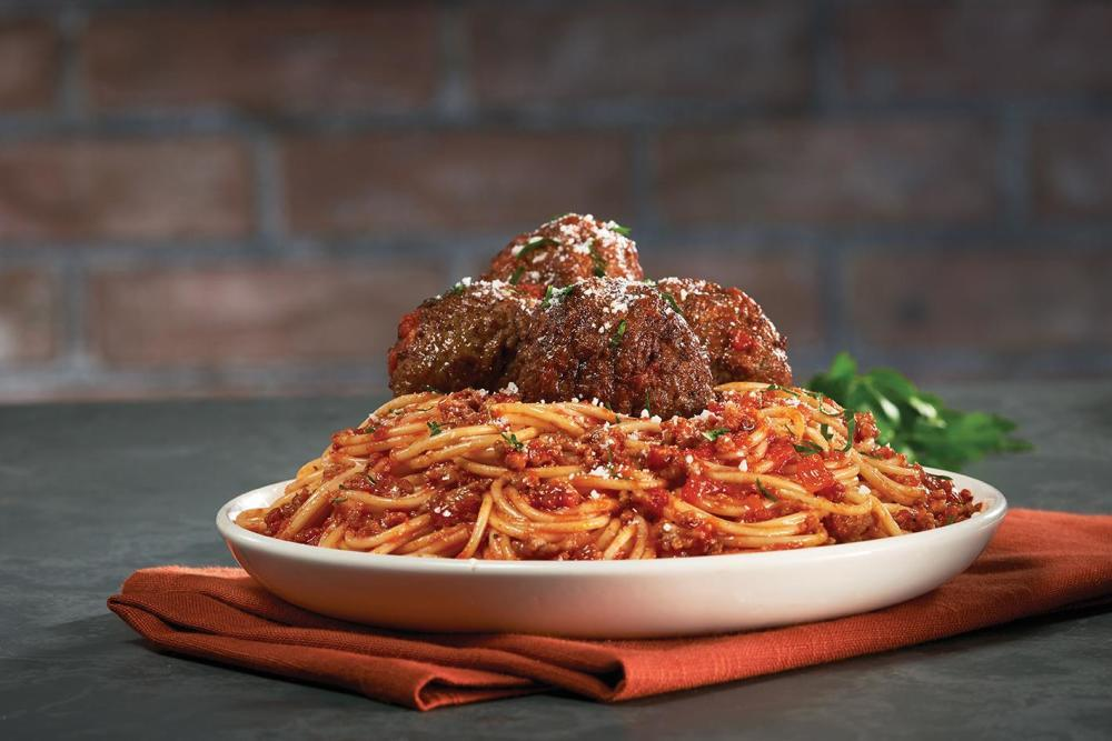 Bertucci S Italian Restaurant 150 Worcester Rd Framingham Ma 01702 Yp