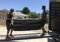RC Moving - Canoga park, CA. Our professional movers will pack all yourbelongings very carefully!