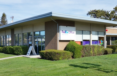 FedEx Office Ship Center - Redwood City, CA