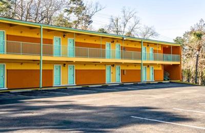 Econo Lodge - Tallahassee, FL