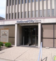 PNC Bank 1714 N Meridian St, Indianapolis, IN 46202 - YP com