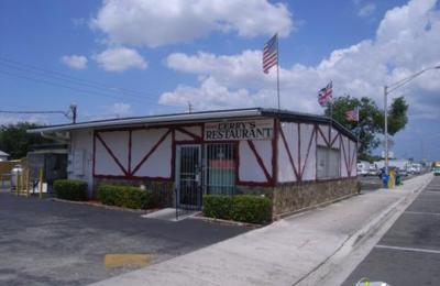 Derry's Family Restaurant - Hollywood, FL