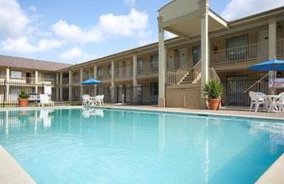 Days Inn Beaumont - Beaumont, TX