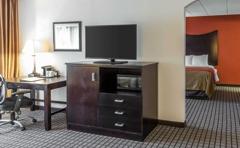 Comfort Inn & Suites BWI Airport