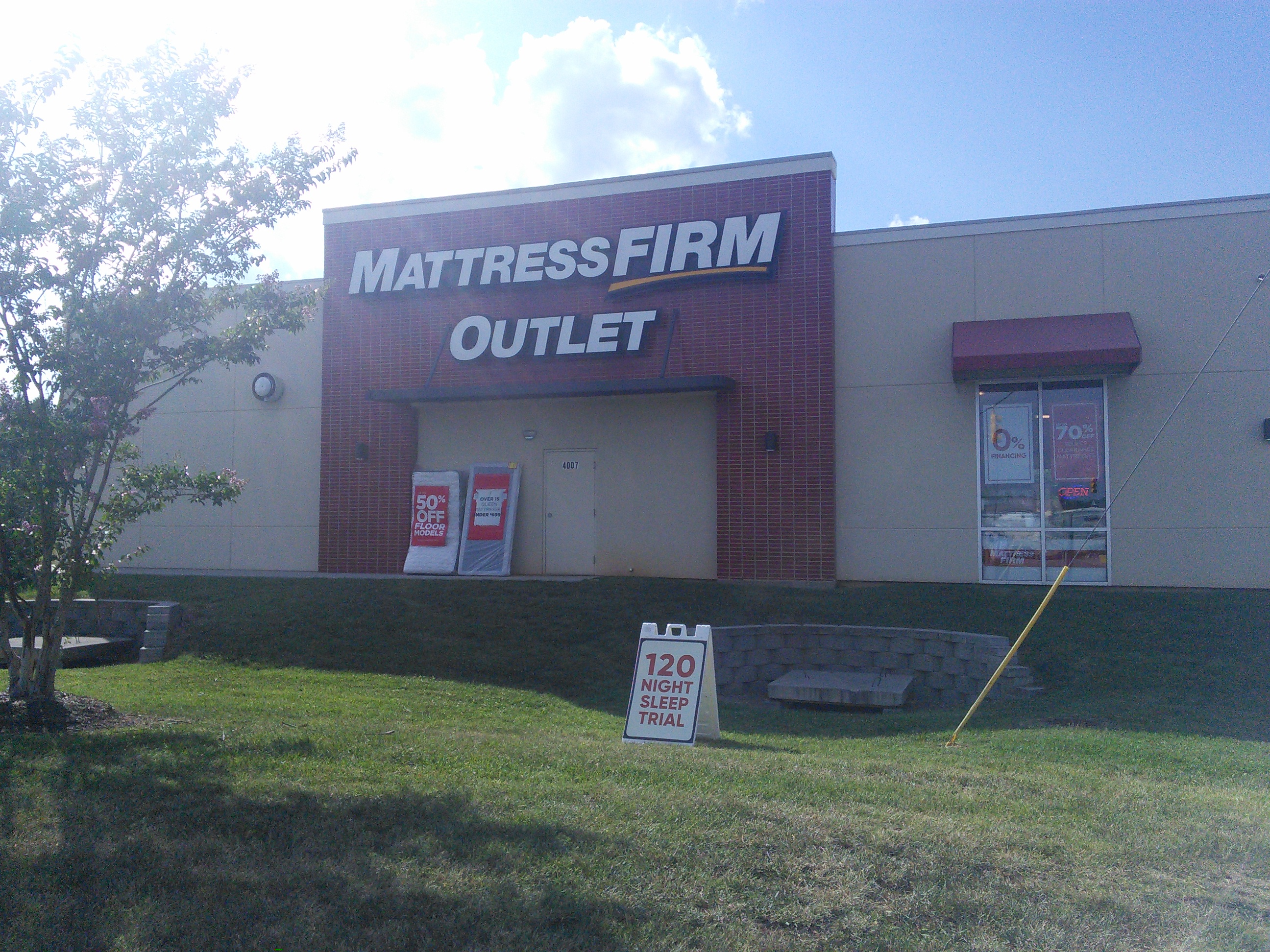 Mattress Firm Clearance 4007 Arrowhead Blvd, Mebane, NC